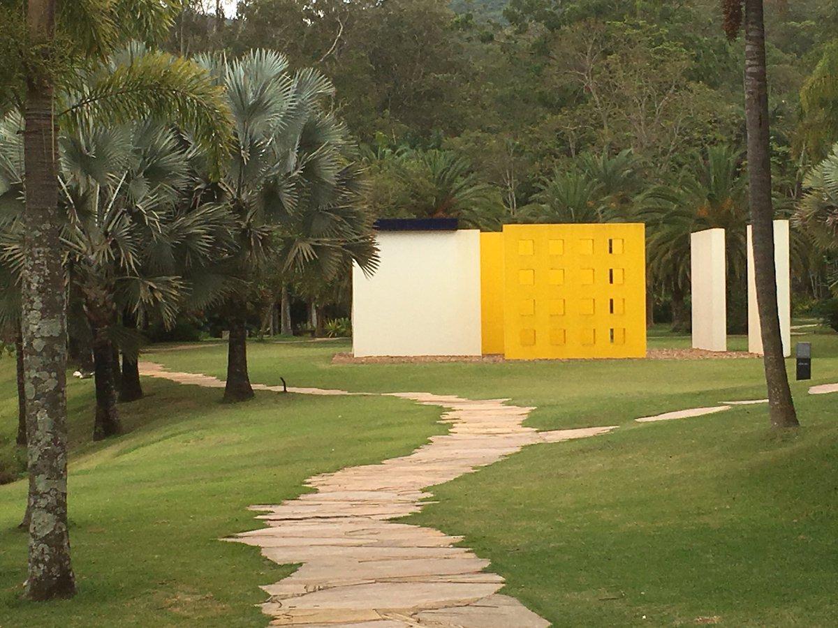 Under the charm of Inhotim #art #botanic #BH #brazil #bresil <br>http://pic.twitter.com/q33pEcp42x