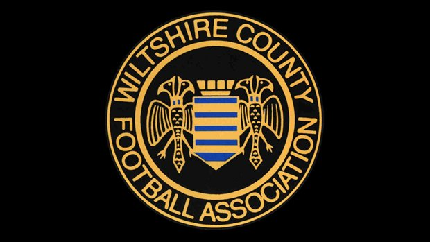 This Sunday the @WiltsCountyFA U16 team face @GlosFA in the #SWCC  Get yourselves over to @HighworthTownFC for the 2pm Kick Off to support the lads!   http://www. wiltshirefa.com/news/2017/nov/ u16-squad-confirmed &nbsp; … <br>http://pic.twitter.com/tTeBkDez7f
