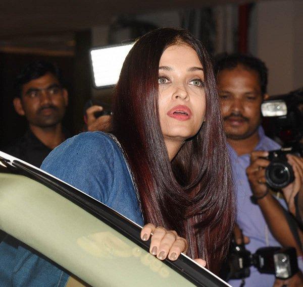 Here is how hubby Abhishek saved wife Aishwarya Rai from an OOPS moment