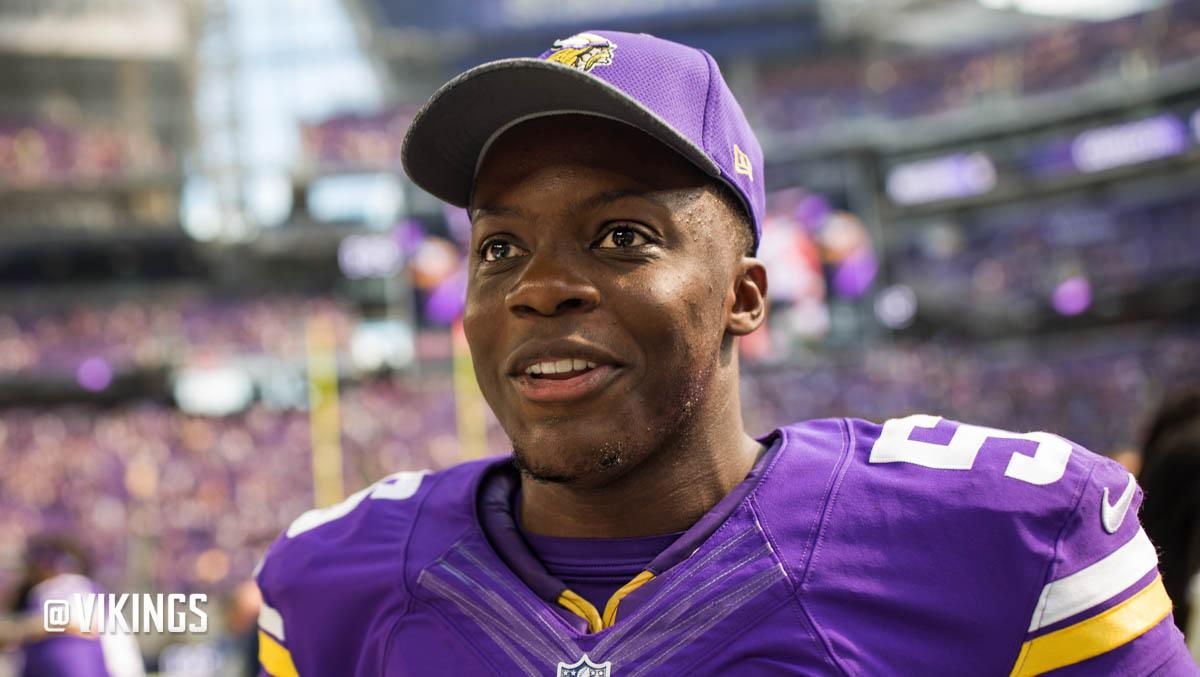 .@teddyb_h2o has been activated to the 53-man roster and Sam Bradford has been placed on IR.  https://t.co/xC5yQkSL4j https://t.co/QeTwfh3YdQ