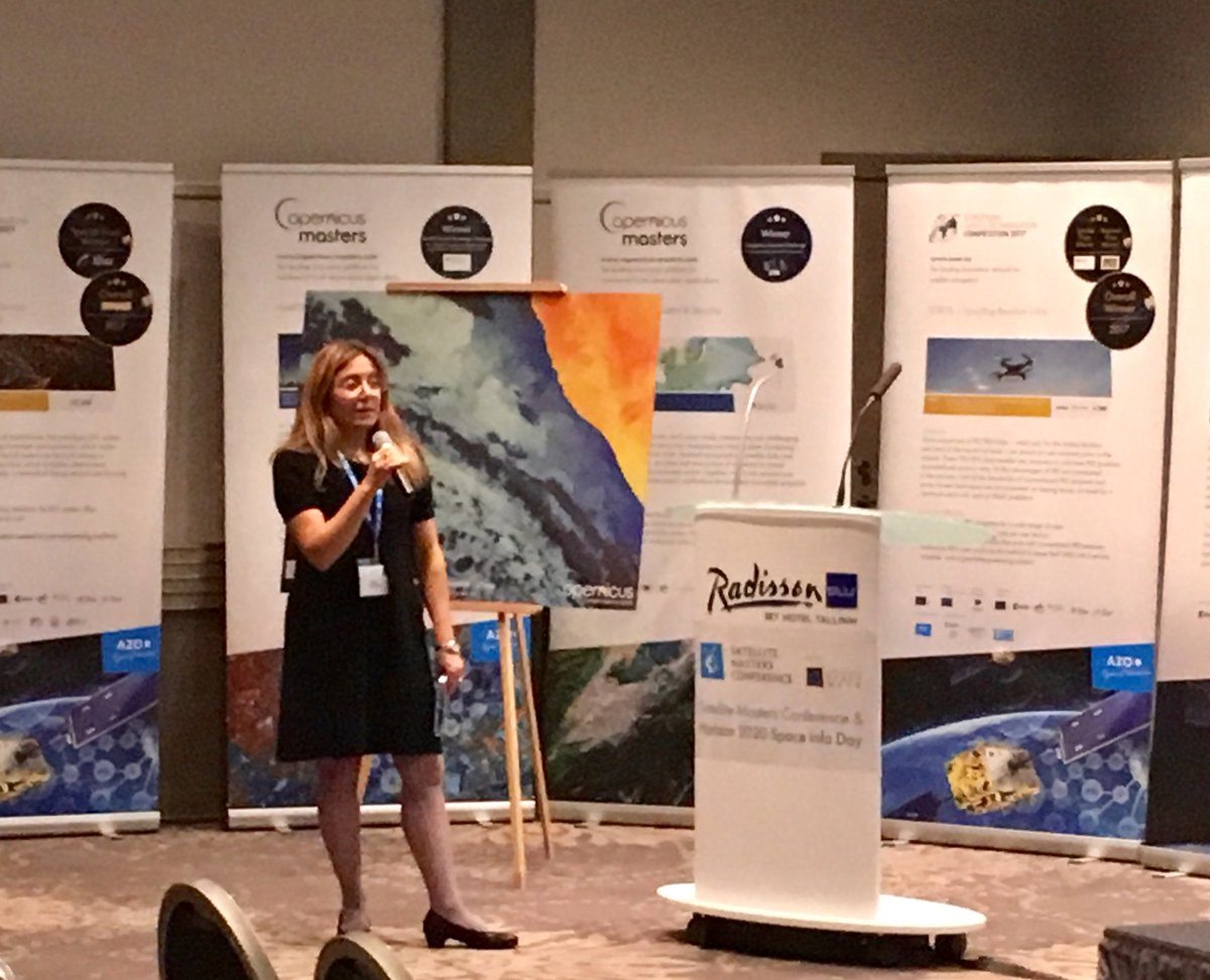 GSA's Fiammetta DIANI: &quot;#Spacedata is key to the future of #smartcites&quot; @ESNC_  #EUSW2017 #GNSS<br>http://pic.twitter.com/1lvRG1p92s