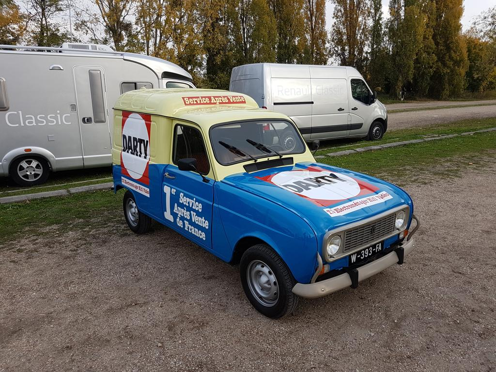 Just driven this little beauty. Wonderful. #Renault #Renault4 #Darty <br>http://pic.twitter.com/G2TbKO3lSg