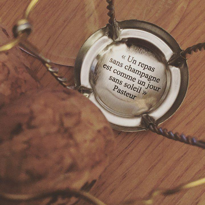 Message on a bottle ...  #champagne #citation #citationdujour #bubbly #quote #quoteoftheday  http:// ift.tt/2Au2QVE  &nbsp;  <br>http://pic.twitter.com/tGs7SCW2fI