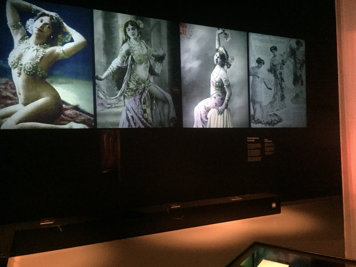 #mustsee @FriesMuseum #matahari https://t.co/71jydwngC1