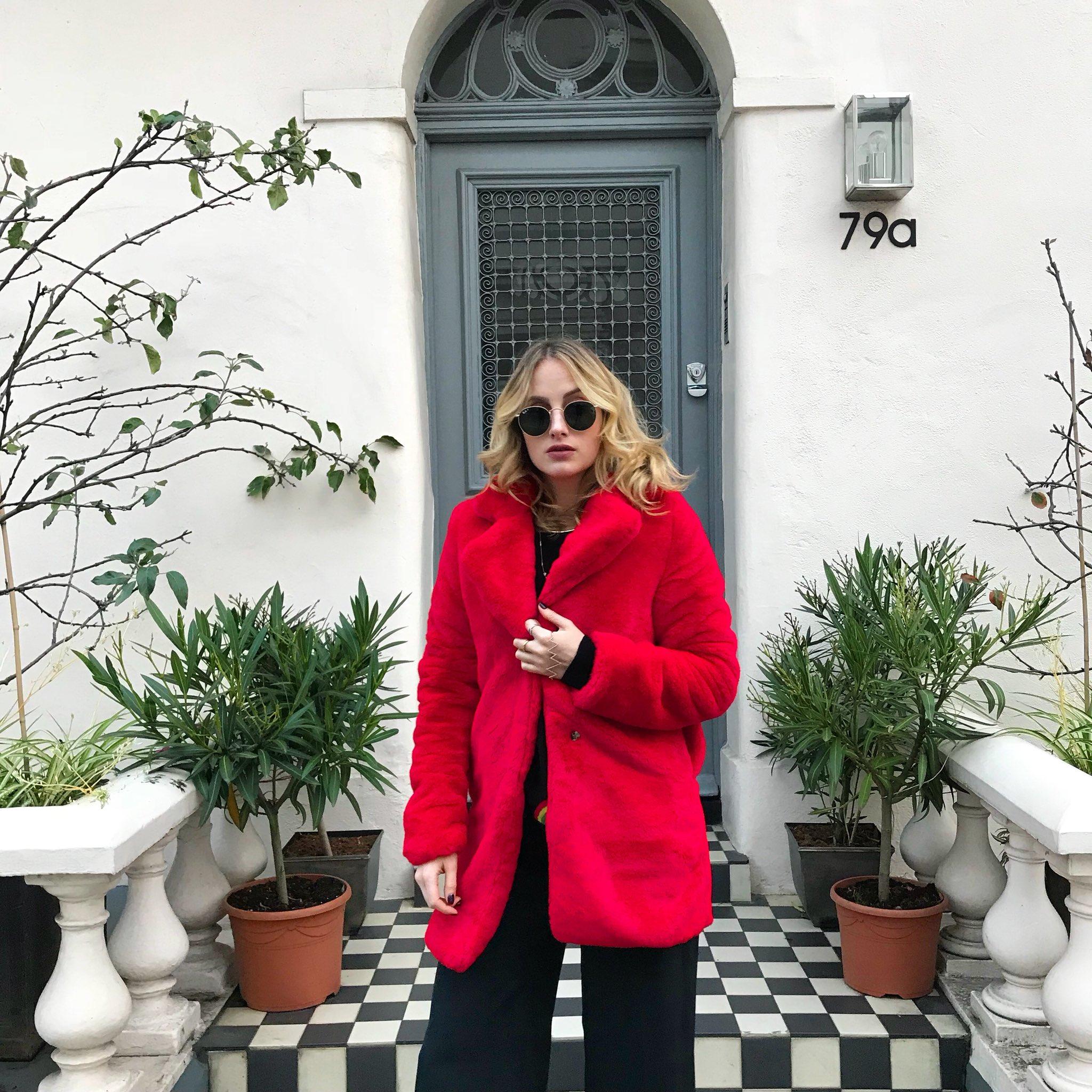 ❤️ red coat dreams 💭 https://t.co/OlKpUmLUvG @MissyEmpireUK https://t.co/eWxF3PDqOD