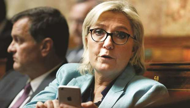 #Le Pen stripped of French immunity over IS pictures   http://www. gulf-times.com/story/570522  &nbsp;  <br>http://pic.twitter.com/SFL3Gmsq6W