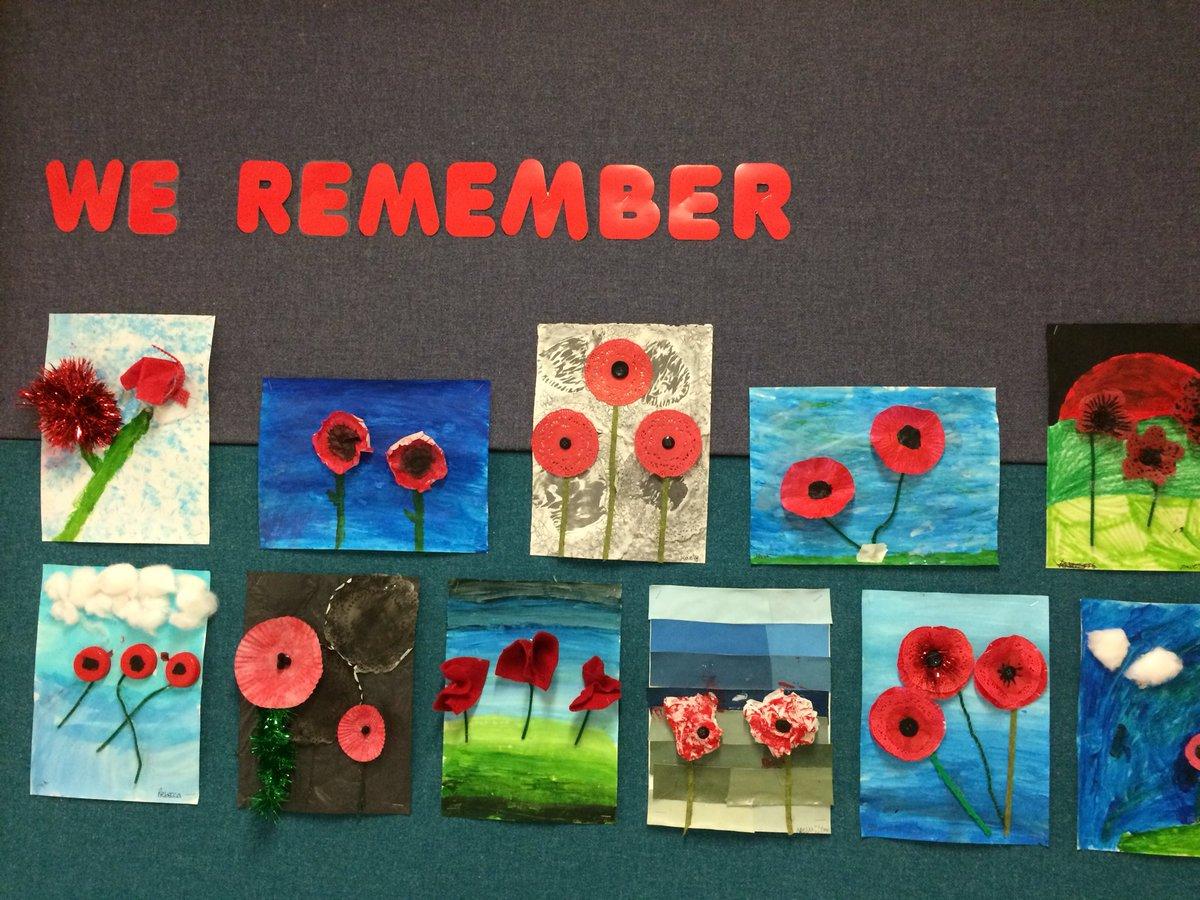 Remembering is important...#remembranceday #mixedmediaart #leslearns #hsdlearns<br>http://pic.twitter.com/b3xiY9BY3W