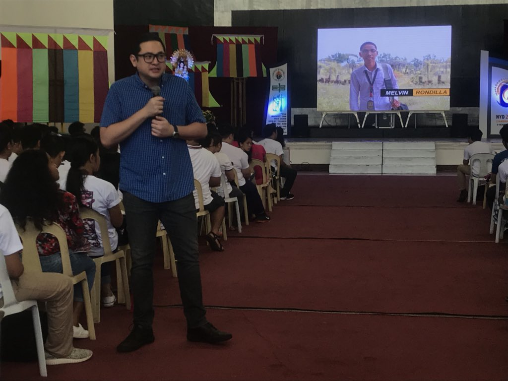 Sen. Bam cites Melvin Rondilla, Rustie Quintana and Reese Fernandez as examples of inspiring young Filipinos. #YouthDay [TeamBam] pic.twitter.com/FKm9glV7T2