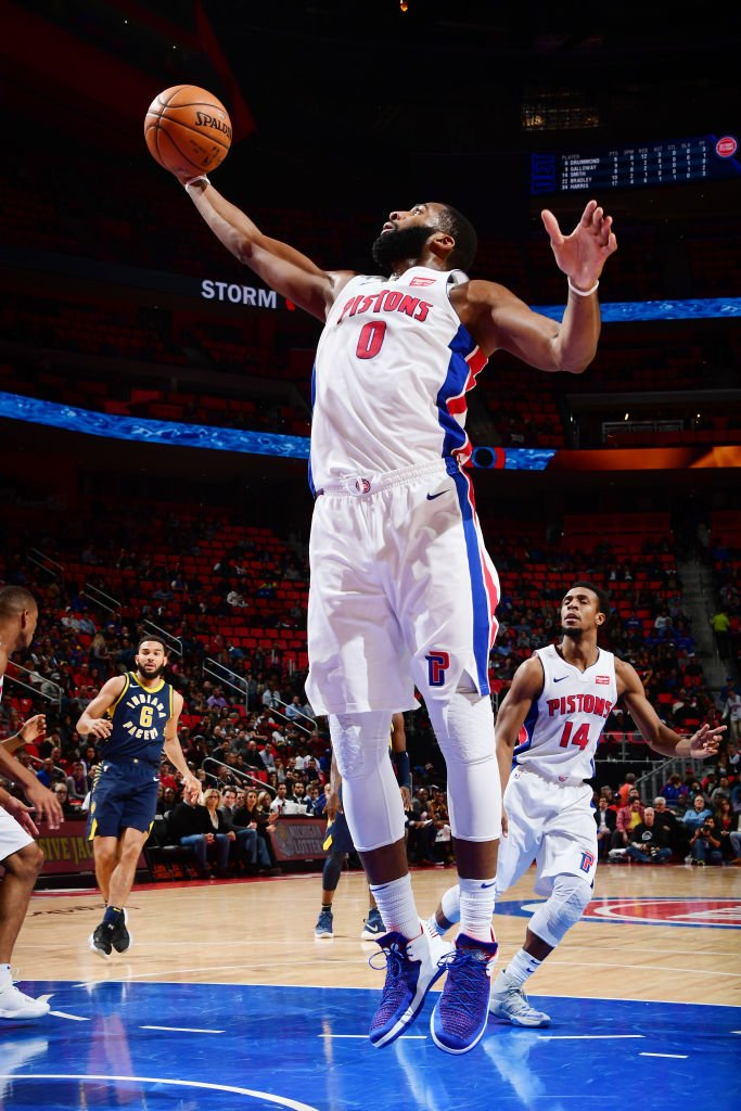 Andre Drummond now has 35 games with 20+ REBS, which is the 4th most in @DetroitPistons history.