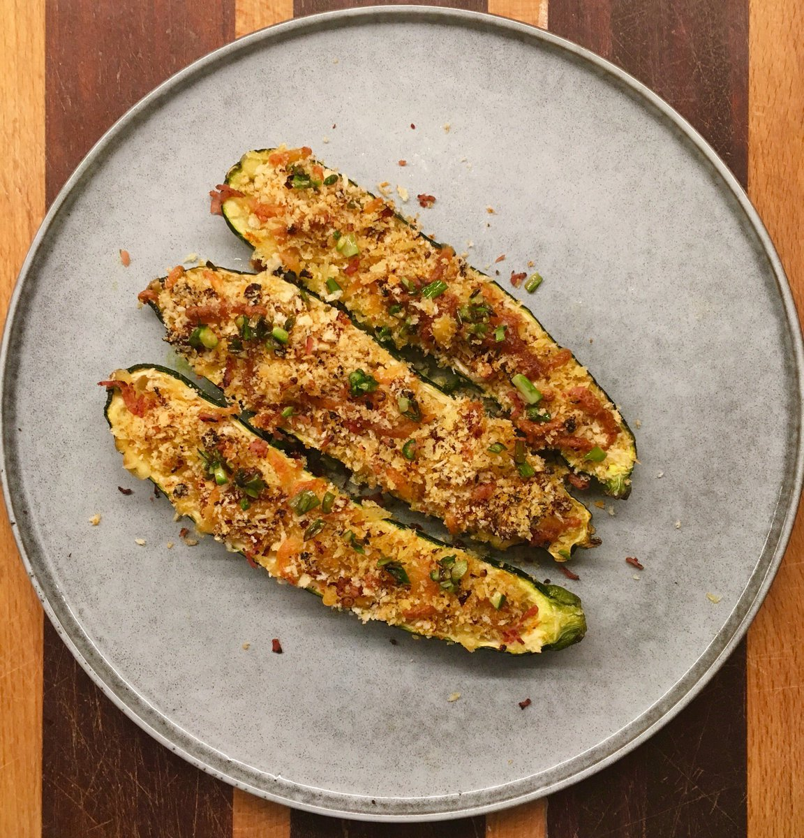 #Homecooking time....my 'zucchine ripiene' stuffed #zucchini with breadcrumbs, parmesan, prosciutto &amp; sun-dried tomatoes!  #MasterChefau #cucina #foodie #italianfood #makeitdelicious #cookwithpassion<br>http://pic.twitter.com/HQ0TsbdPKp