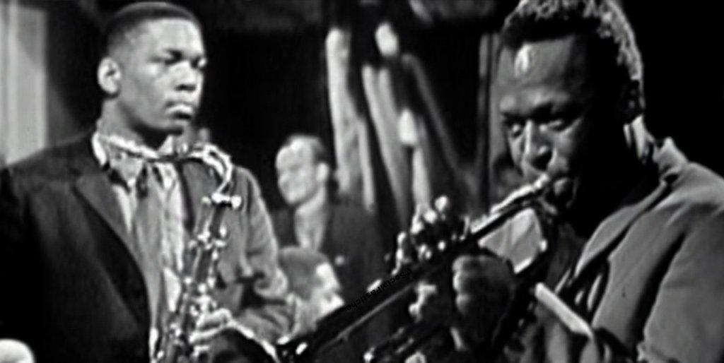 Totally feeling it listening to #MilesDavis&#39; masterpiece in #ModalJazz: #KindOfBlue. #Jazz #HardBop #JohnColtrane #CannonballAdderley #BillEvans #PaulChambers #Musicians #JazzMusicians #Music #BlueInGreen #FlamencoSketches #SoWhat #Trumpet #Saxophone #Piano #Pianist #JazzEnsemble<br>http://pic.twitter.com/iZlZG15hCy