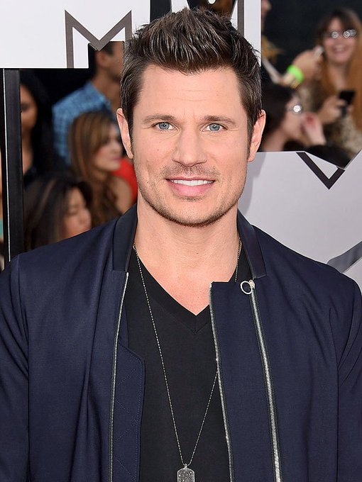 Happy Birthday to Nick Lachey who turns 44 today!