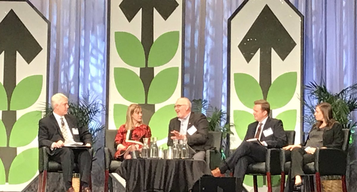 Trade, geopolitics and @USDA Deputy Secretary Censky on the agenda @mn_agrigrowth annual meeting #agrigrowth17 https://t.co/LzCDe7Qfqs