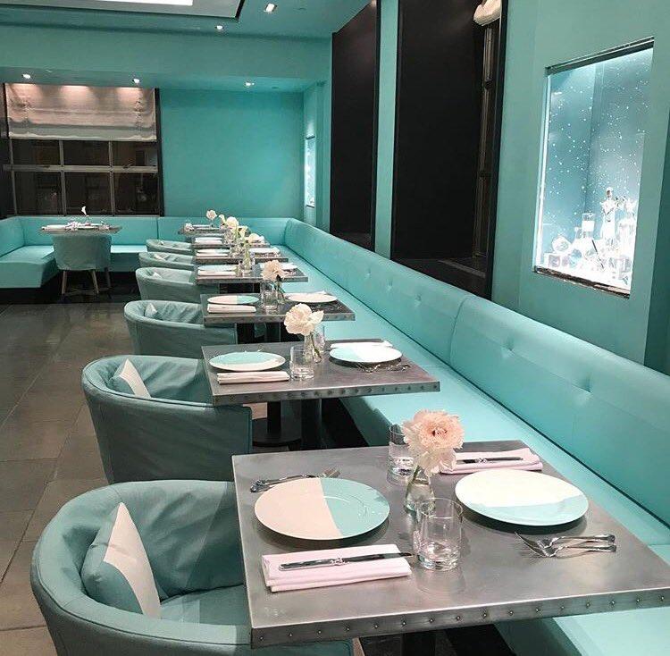 tiffany blue box cafe - 750×734
