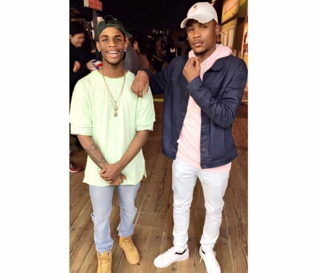 the two favorite brothers that everybody wants a little taste of huh?!😉😍
