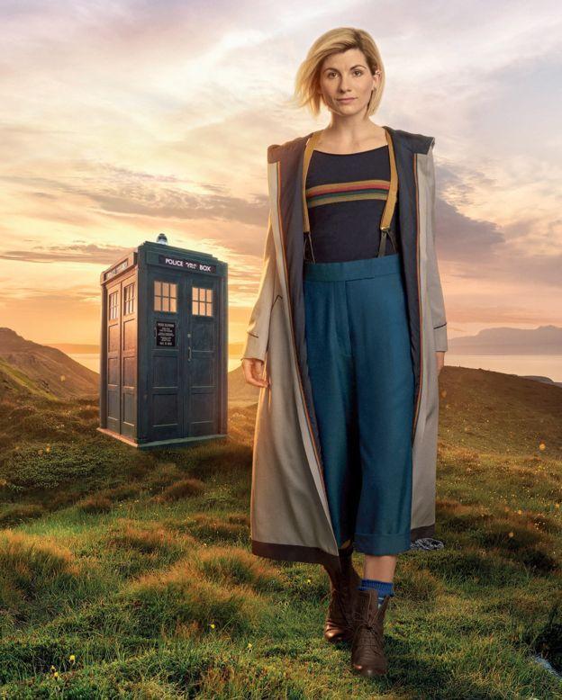 « Viens voir le docteur, non n'aie pas peur »  (Voici à quoi ressemblera Jodie Whittaker en « Doctor Who »)