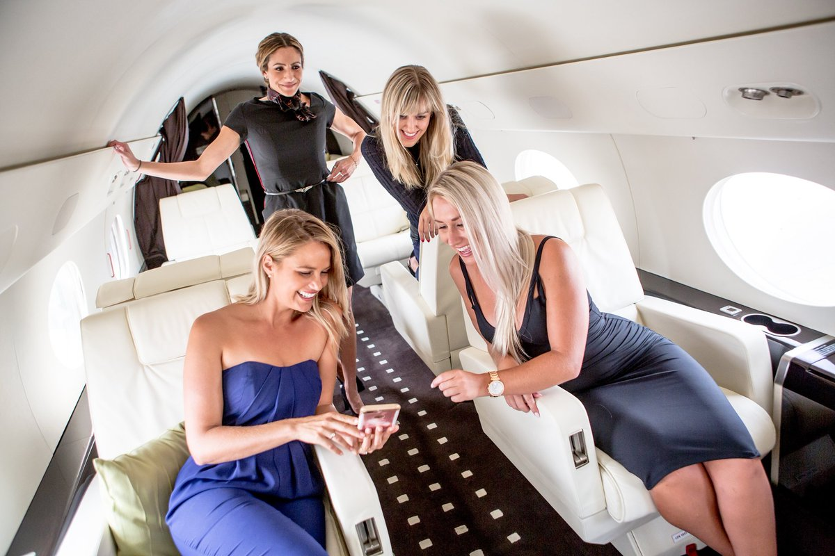 The travel #memories you make with us will last a lifetime. Experience the only way to fly private when you book your holiday travel with Jet Edge International. . . . #JetEdge #FlyJetEdge #FlyPrivate #LuxuryTravel #TravelGram #Memories #Experience #Gulfstream #GulfstreamAero <br>http://pic.twitter.com/pUcRIt4sRK