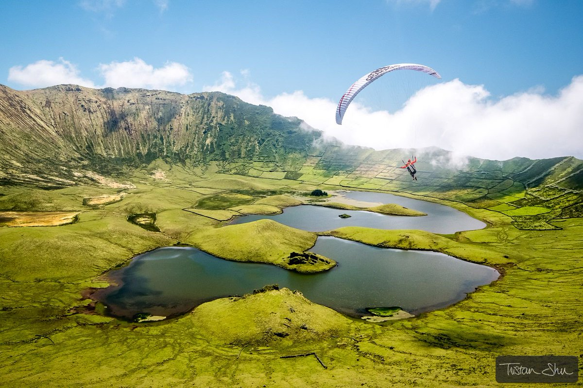 Corvo crater flying with JB Chandelier Have you seen Weightless, JB Chandelier&#39;s latest movie ?  http://www. youtube.com/watch?v=Oos4oj utOMM &nbsp; …  We filmed in incredible locations like Corvo, Azores, Portugal for it. (c)  http://www. TristanShu.com  &nbsp;   #Parapente #Paragliding #Weightless #Fuijifilm #XT2<br>http://pic.twitter.com/XM9BNVp6HN