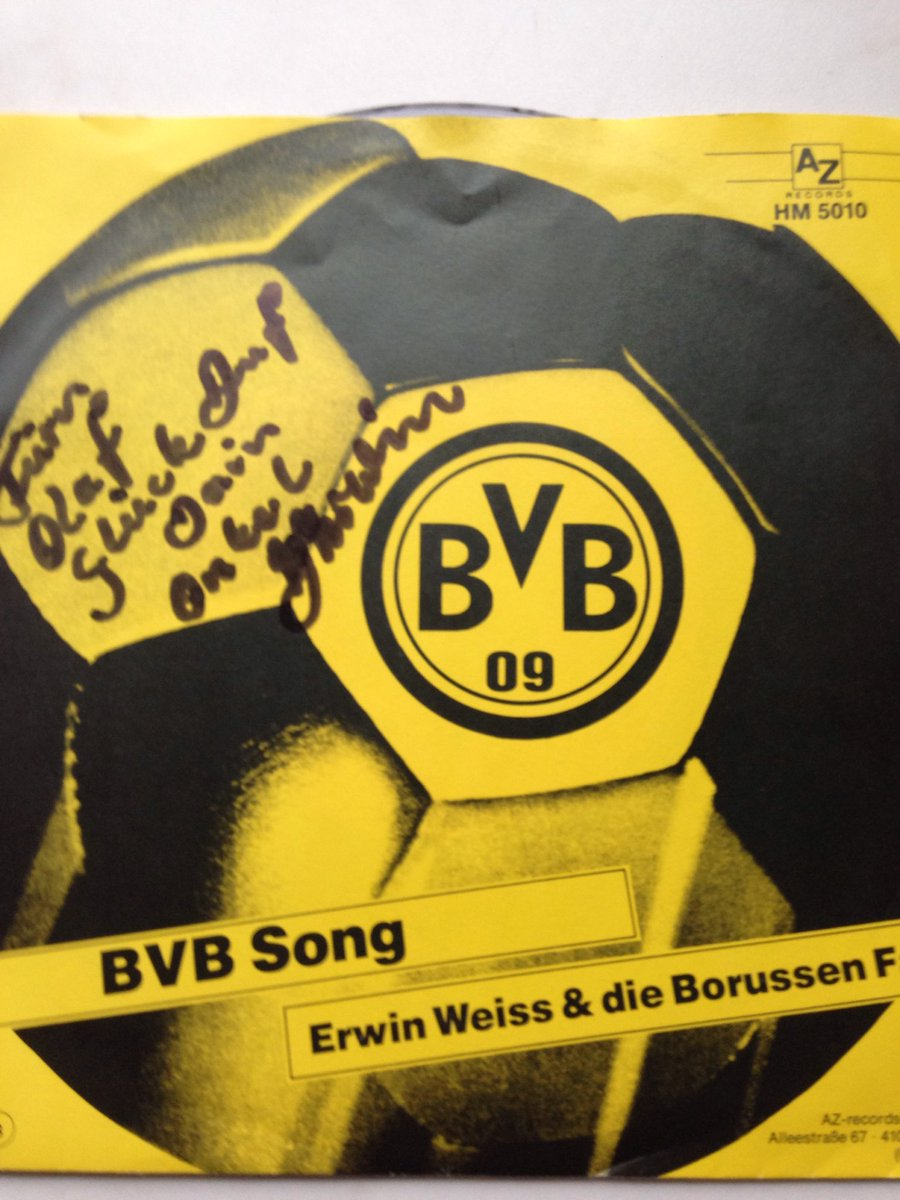 This is a record from my uncle #ErwinWeiss #songwriter #singer RIP #BVB #BVB09 #Dortmund #BorussiaDortmund @kellyhkc<br>http://pic.twitter.com/vChZXviLza