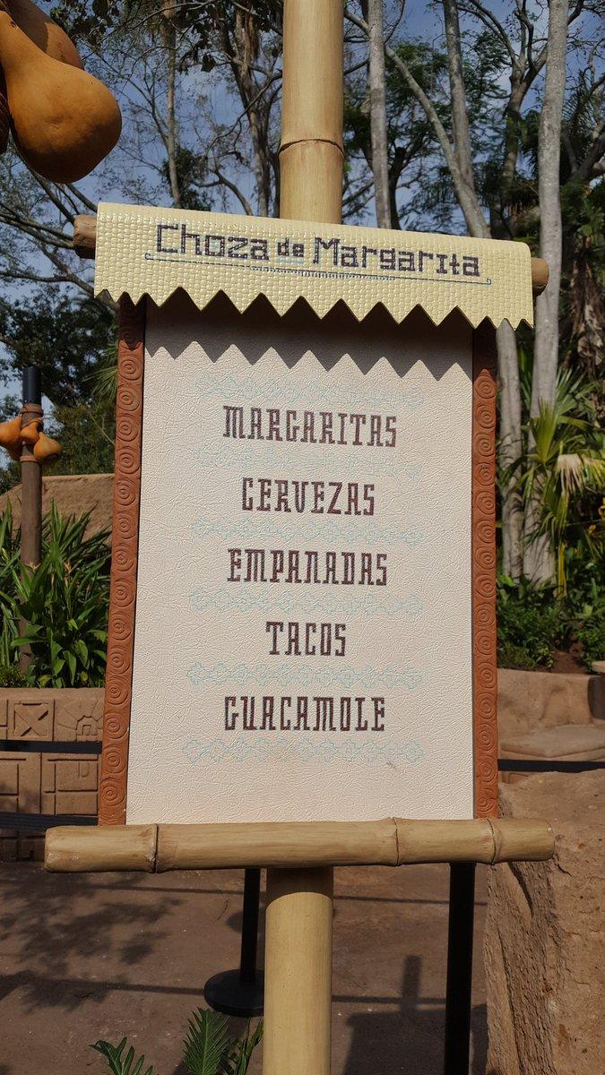 Keep it simple, make it fresh :) #Mexico #Epcot  #Disney #DisneySide  #Vivamexico #AvocadosfromMexico  @chozamargarita<br>http://pic.twitter.com/JVl6LlcphW