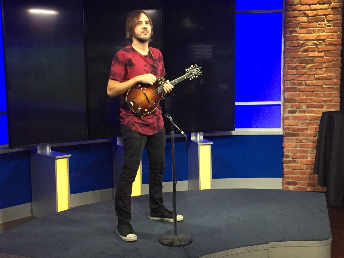 Playing on @wvlt next! #AW #AWBijouAlbum<br>http://pic.twitter.com/9A4T8RdEXf