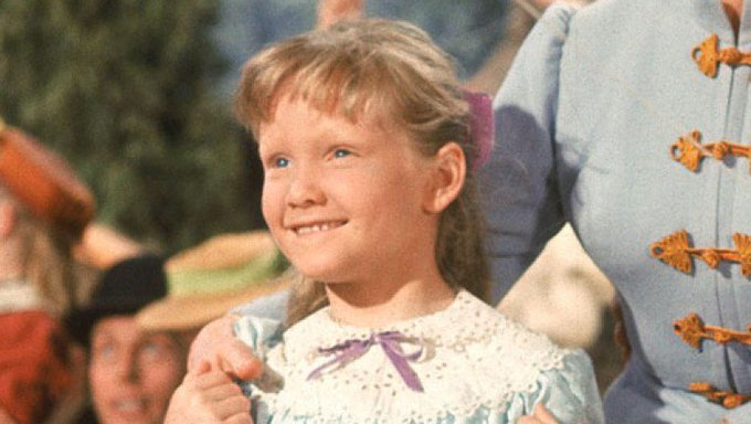 Happy birthday to Disney Legend Karen Dotrice, who portrayed Jane in MARY POPPINS!