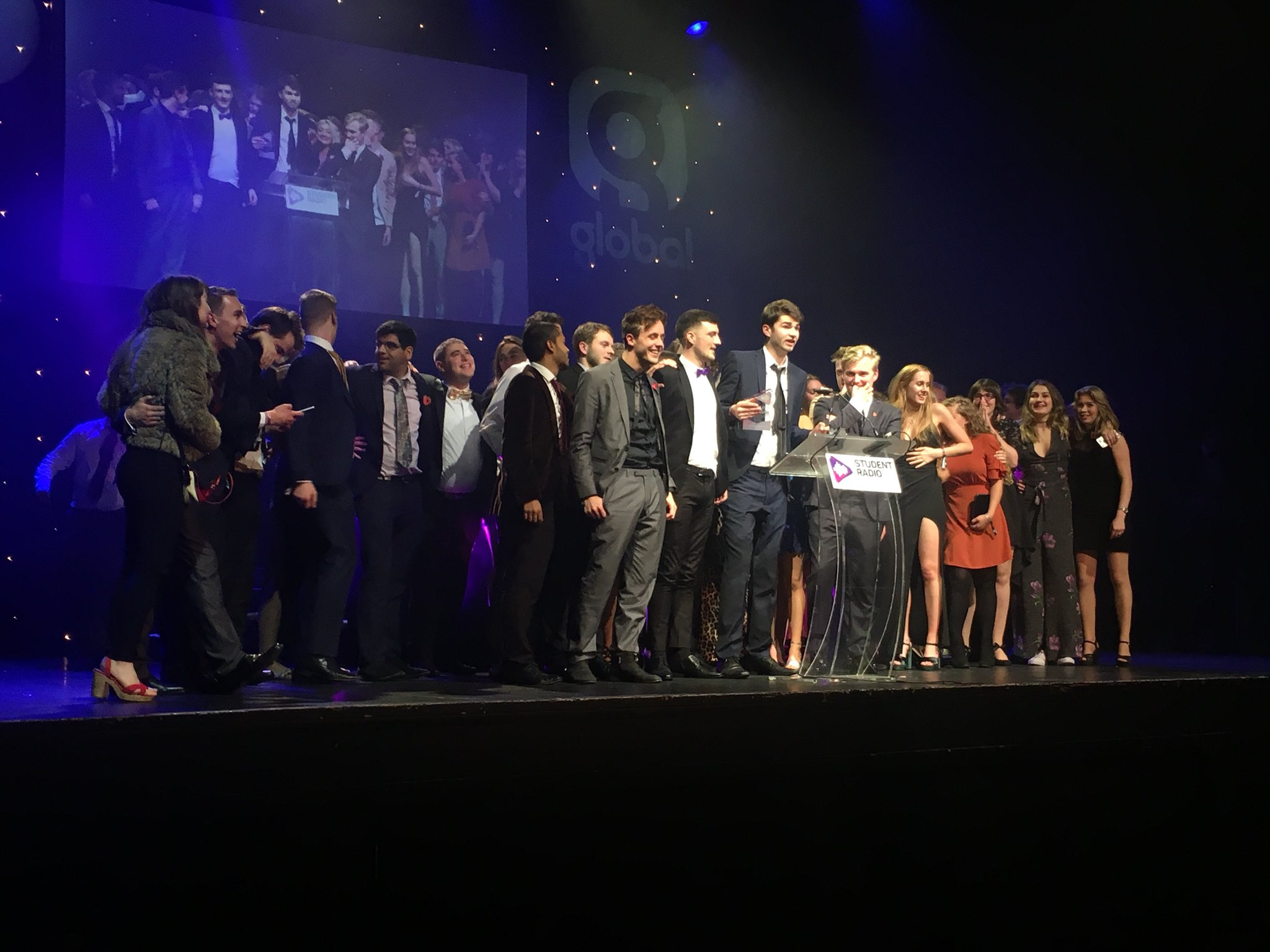 Huge congrats to @URN1350 from Notts uni, Station of the year #SRA - bossin the night https://t.co/K2nt49vXLL