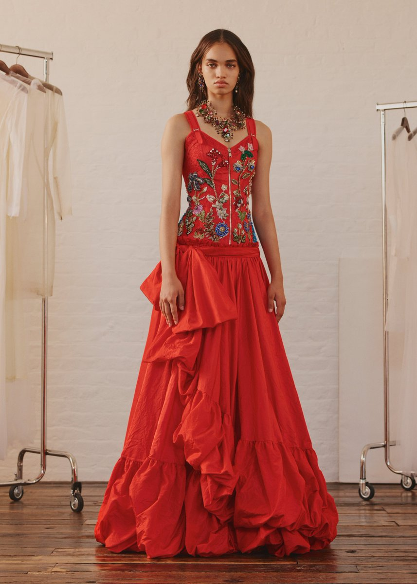 Alexander Mcqueen On Twitter A Lipstick Red Taffeta Evening Dress With Bow Details And Jewelled Garden Embroidery Discover More Https T Co Fngm2npmku Https T Co 9ja574xtez