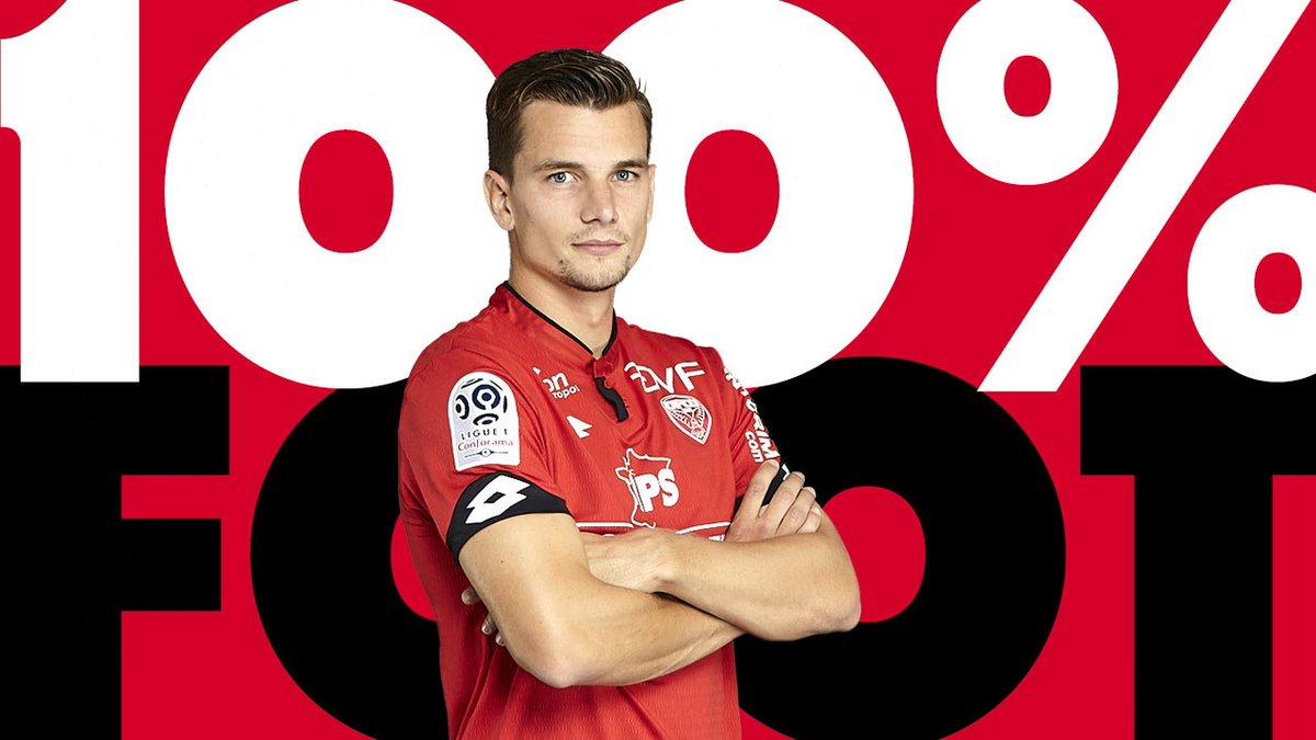 L'interview 100% Foot de… Benjamin Jeannot !  http:// dlvr.it/Q0FkcZ  &nbsp;   #DFCO #Dijon #Ligue1<br>http://pic.twitter.com/5mG6rSgWVc
