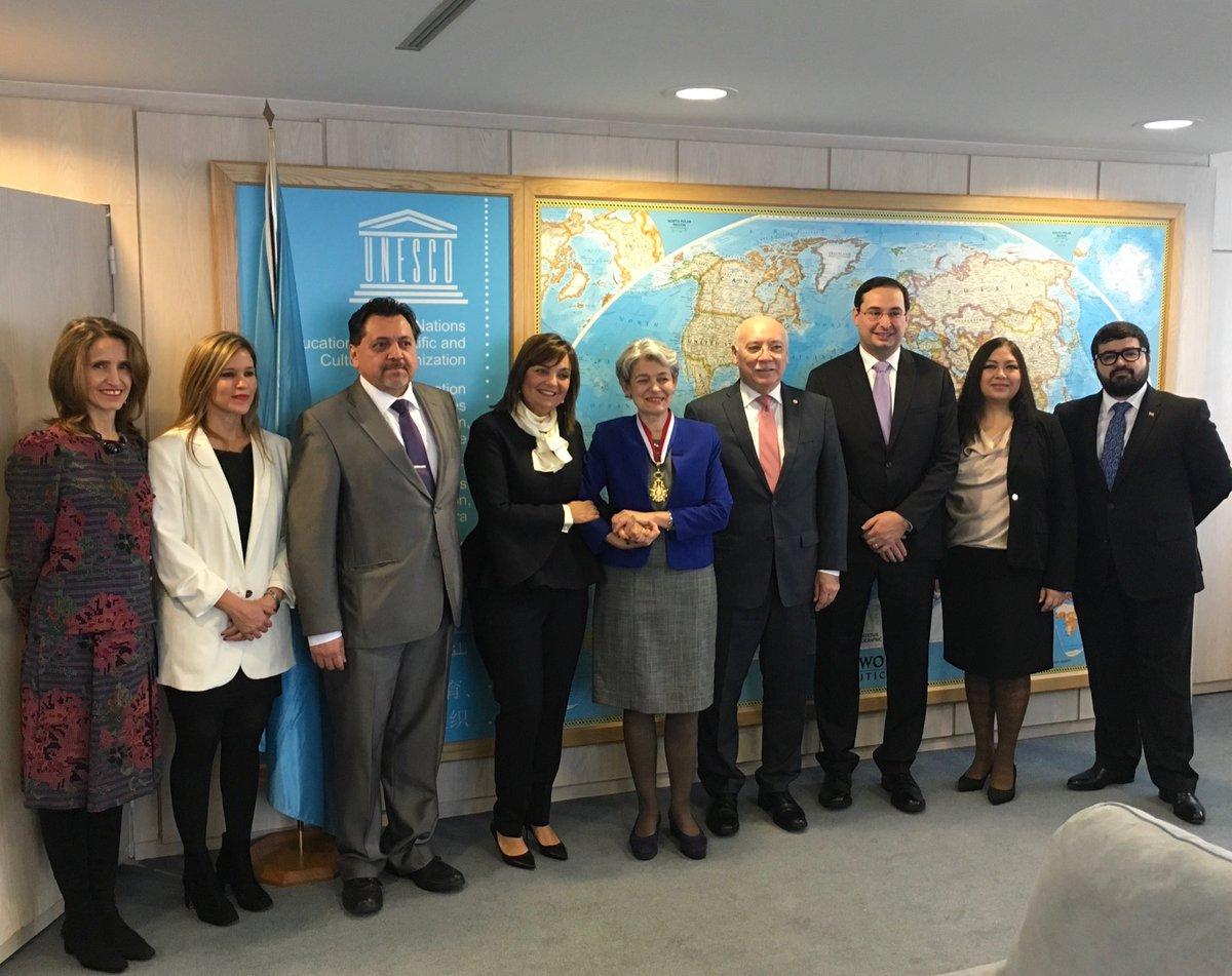 "Eladio Loizaga on Twitter: ""Con miembros Mision del Paraguay ante Unesco.  Gran labor de nuestra Representante Alterna Ministra Leticia Casatti… """