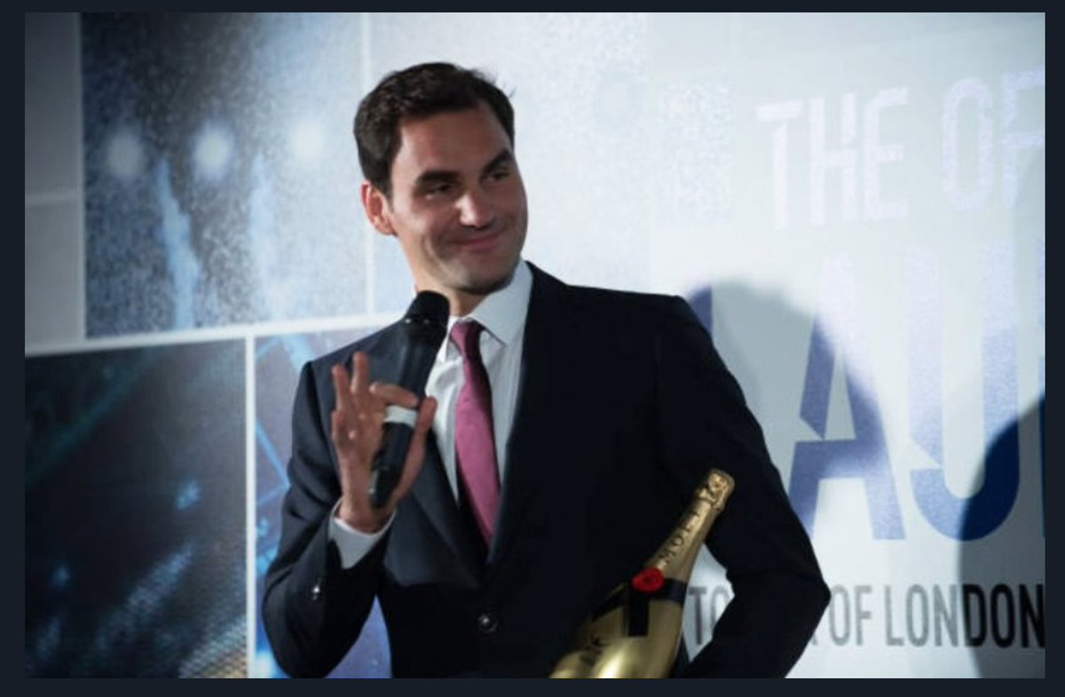 Fortunately @rogerfederer is right-handed! Always with the bottle of Champagne @Moet on hand (left), how could he hold his racket with his (magic) right? #NittoATPFinals #ATPFinals @ATPWorldTour #NextGenATPFinals #10oct #goRog #RF #goRF<br>http://pic.twitter.com/bmHj2cCoYb