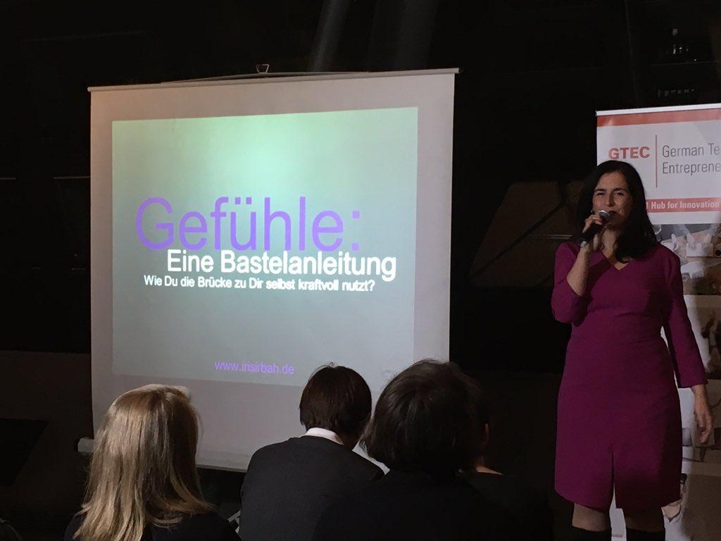 On Stage Irisirbah.de 3. Talk #tedxwomen Gefühle und eine Gebrauchsanleitung