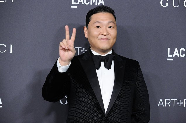 Greatness sees greatness. PSY passes the torch to BTS by celebrating their #AMAs performance on social media https://t.co/PJlMXwuLUD