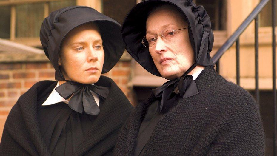Huge surprise! Meryl Streep also writes like a champ. Read her smart Amy Adams tribute:  http:// ow.ly/tVTm30guTdZ  &nbsp;   .@THR #MerylStreep #AmyAdams<br>http://pic.twitter.com/zwUrrPiDvb