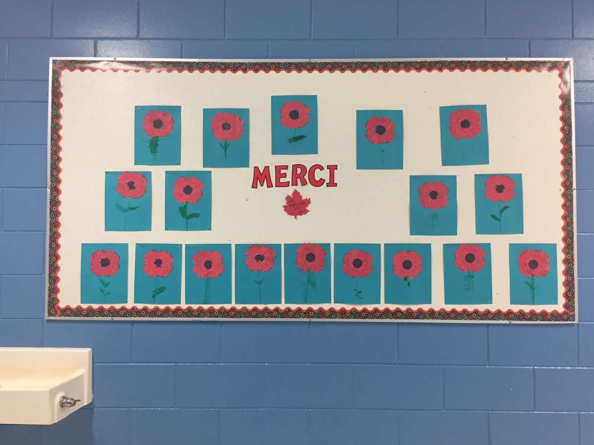 #jour du souvenir #RemembranceDay @HowdenPAC one more way our students showed appreciation<br>http://pic.twitter.com/3OW8r3ENY2