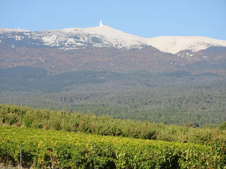 So I&#39;m holding a little #Ventoux social rides weekend. May 24-27. Info here in case you can come &gt;  http:// bit.ly/2hklLKc  &nbsp;   #provence #cycling #france #bigTDFhill<br>http://pic.twitter.com/VTjFTA6nR1