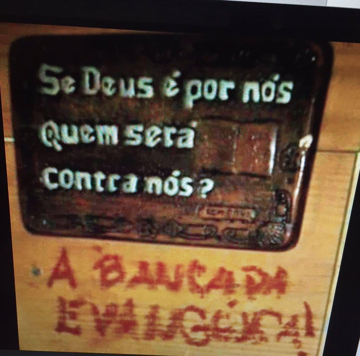 Placa do dia! Para Amigas que estão protestando contra a entrada do Brasil na Idade Média!