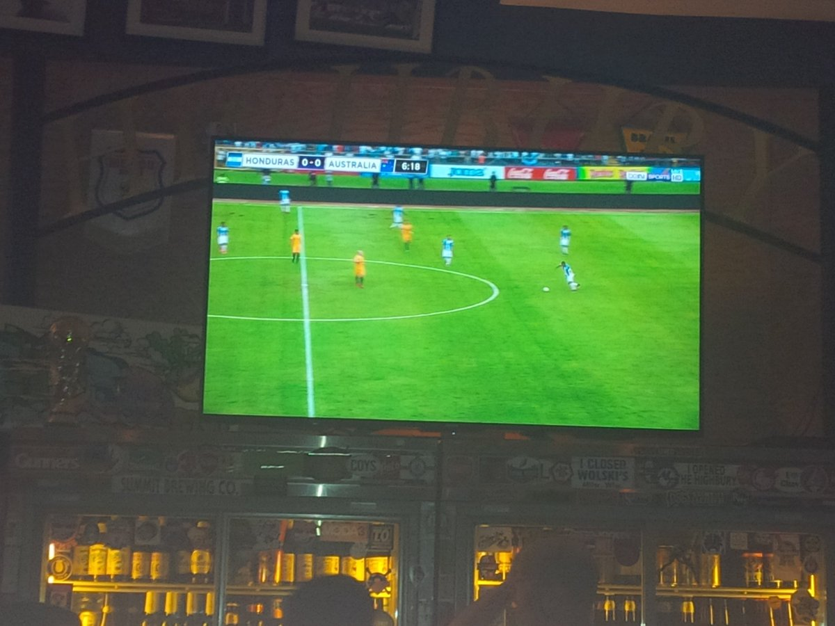 Watching @Socceroos w/ @BurtonHat @thehighbury #GoOz 0-0 9' https://t.co/UitSuBc4vb