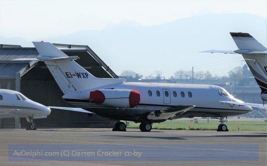Raytheon Aircraft Co H25B #AvDelphi #EIWXP #HAWKER 800XP #LSGG  http:// avdelphi.com/i/14317  &nbsp;  <br>http://pic.twitter.com/kI6P6HRSYJ