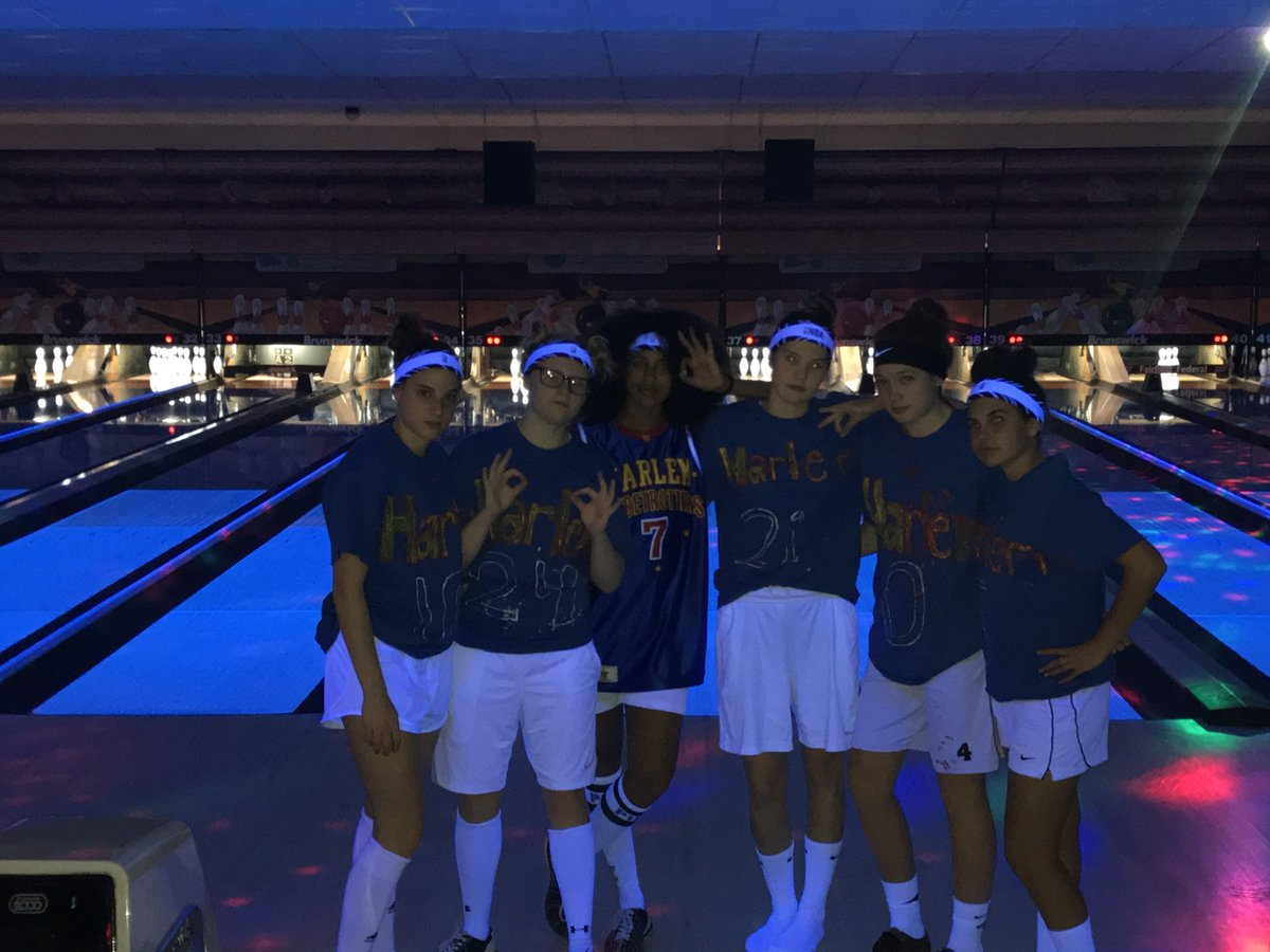 Lady Gales Basketball bowling at thunder alley! 2nd annual Lady Gales Thunder Alley kick off the season! #total <br>http://pic.twitter.com/z1yfRZXObb