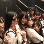 手をつなぎながら夜公演は宮﨑想乃生誕祭🎂✨スタートから大きな「そのちゃん」コールありがとうございます…