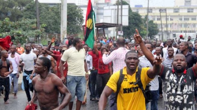 Indigenous People of Biafra (IPOB) members issued fresh threats to disrupt the upcoming Anambra State governorship and kill any would-be voter.