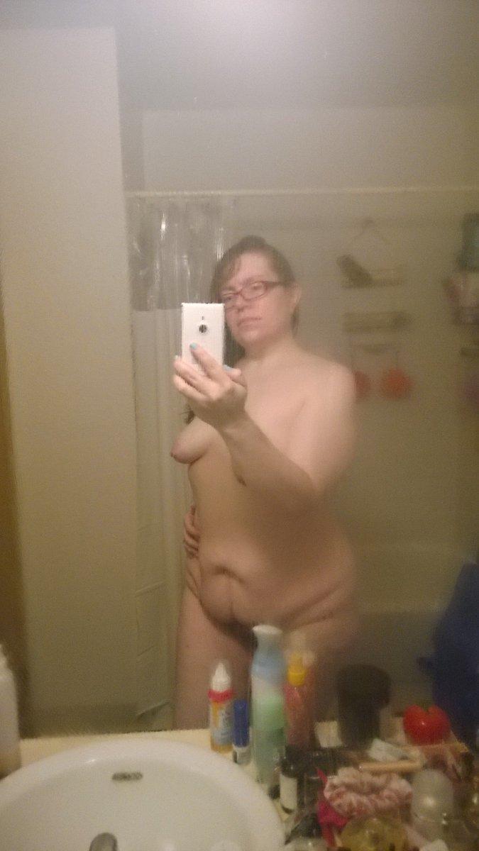 Nude Selfie 11383