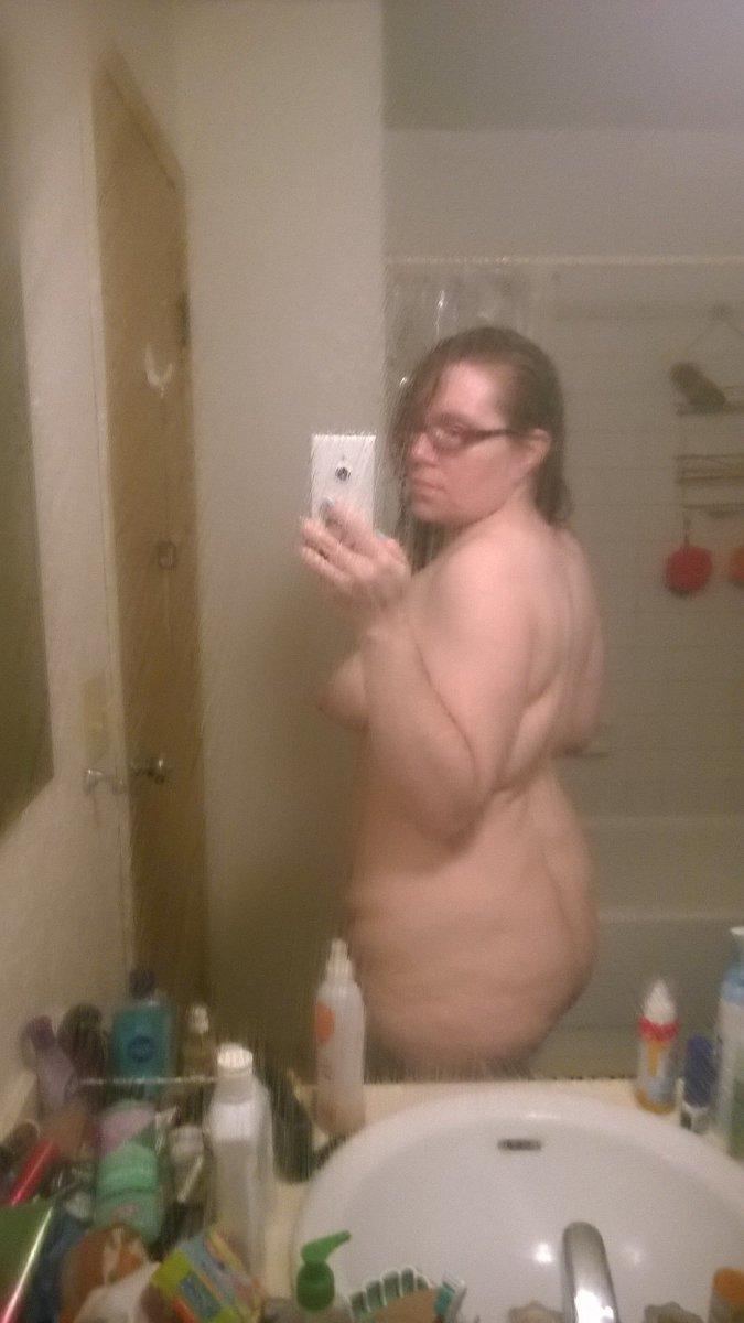 Nude Selfie 11384