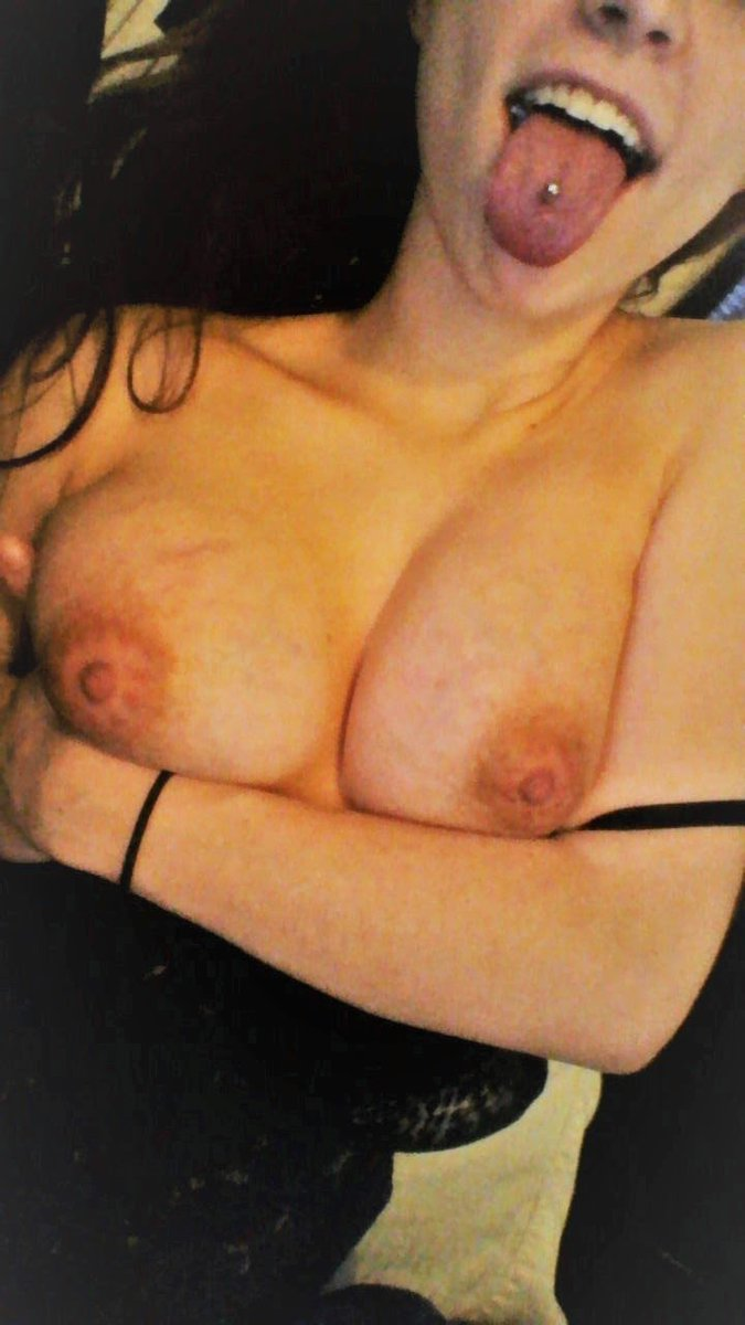 Nude Selfie 11390