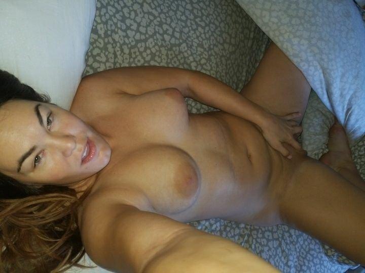 Nude Selfie 11409