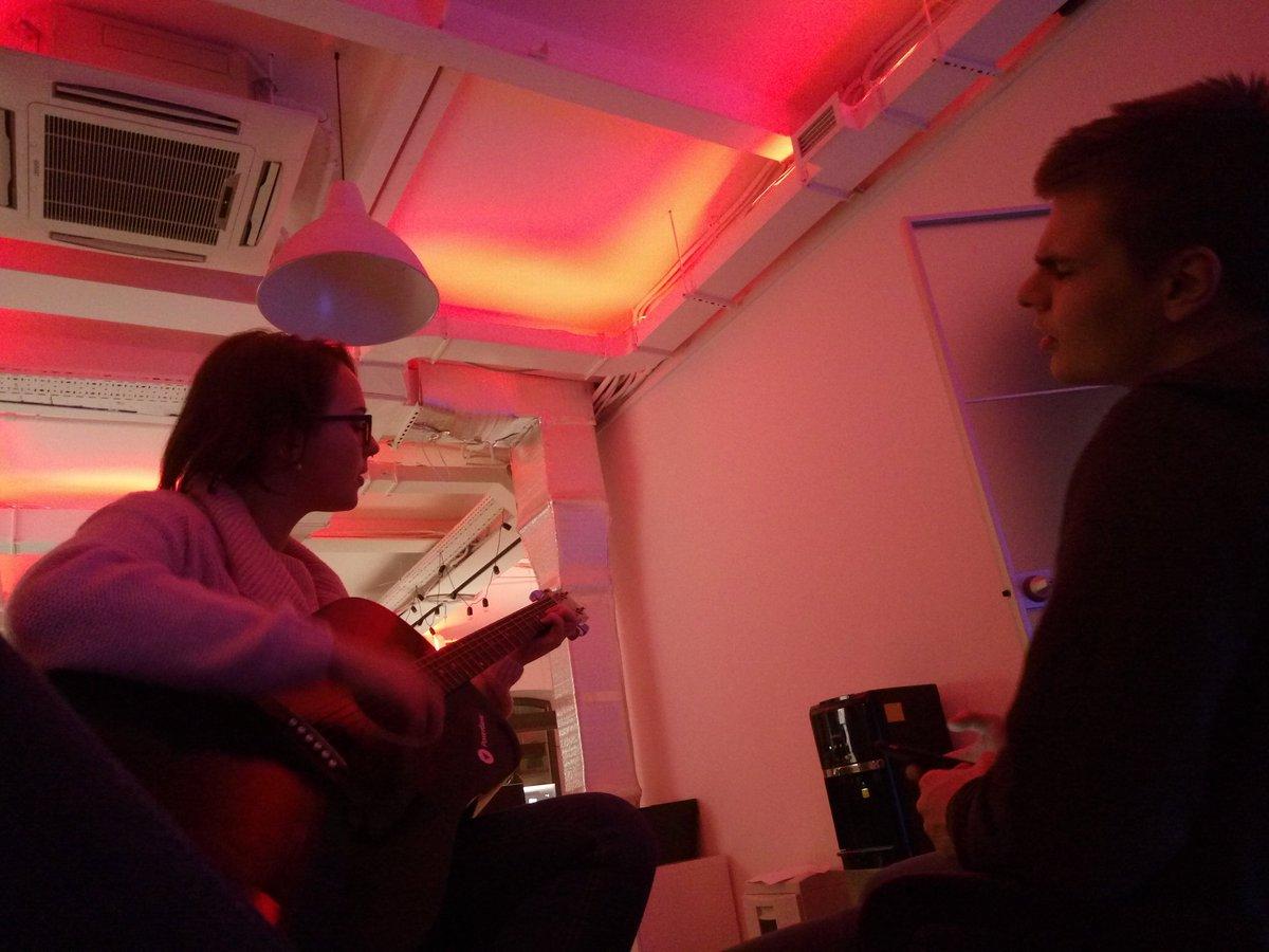 Песни под гитару скачать музыку