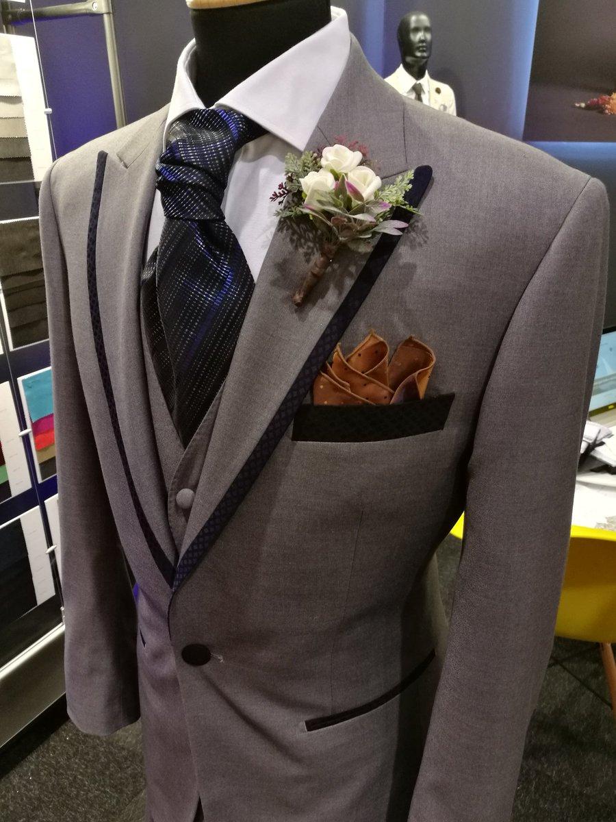 Wedding details #firadenuvis #weddings #blackpier #weddingsuits https://t.co/UtqyuToasR