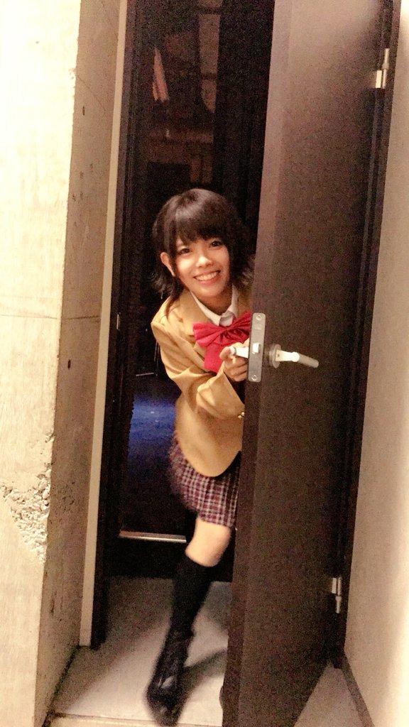 めちゃすき歌合戦、名古屋でーー! 制服を着ちゃった日!!! 島村う○き様のカラーでした  ひょっこり…