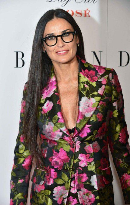 Help us wish the incredible Demi Moore a very happy birthday!!